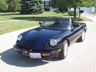 1986 Alfa Romeo Spider Veloce Convertible 2 - Door 2.  0l photo
