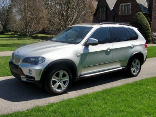 2008 Bmw X5 4.  8i Sport Utility Serious Offers Considered photo