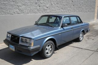 1984 240 Volvo photo