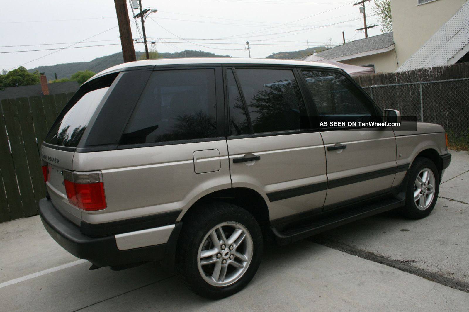 2000 land rover range rover hse sport utility 4 door 4 6l. Black Bedroom Furniture Sets. Home Design Ideas