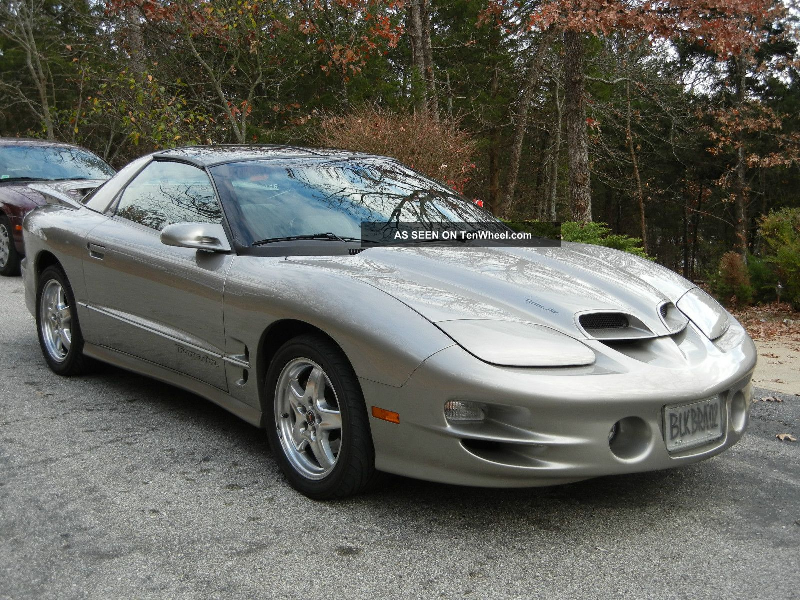 2002 pontiac firebird trans am ws6 coupe 2 door 5 7l 2nd owner adult driven. Black Bedroom Furniture Sets. Home Design Ideas