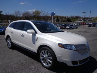 2012 Lincoln Mkt Awd Ecoboost Rear Camera photo