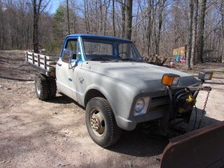 1968 Chevy K - 20 W / Plow And Detroit Locker photo