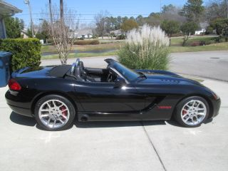 2005 Dodge Viper Srt - 10 Convertible 2 - Door 8.  3l photo