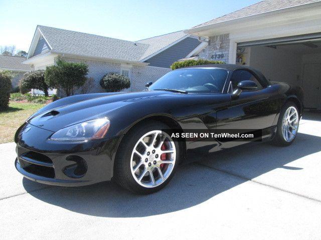 2005 dodge viper srt 10 convertible 2 door 8 3l. Black Bedroom Furniture Sets. Home Design Ideas