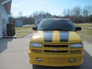 2002 Chevrolet S10 Xtreme Standard Cab Pickup 2 - Door 2.  2l photo