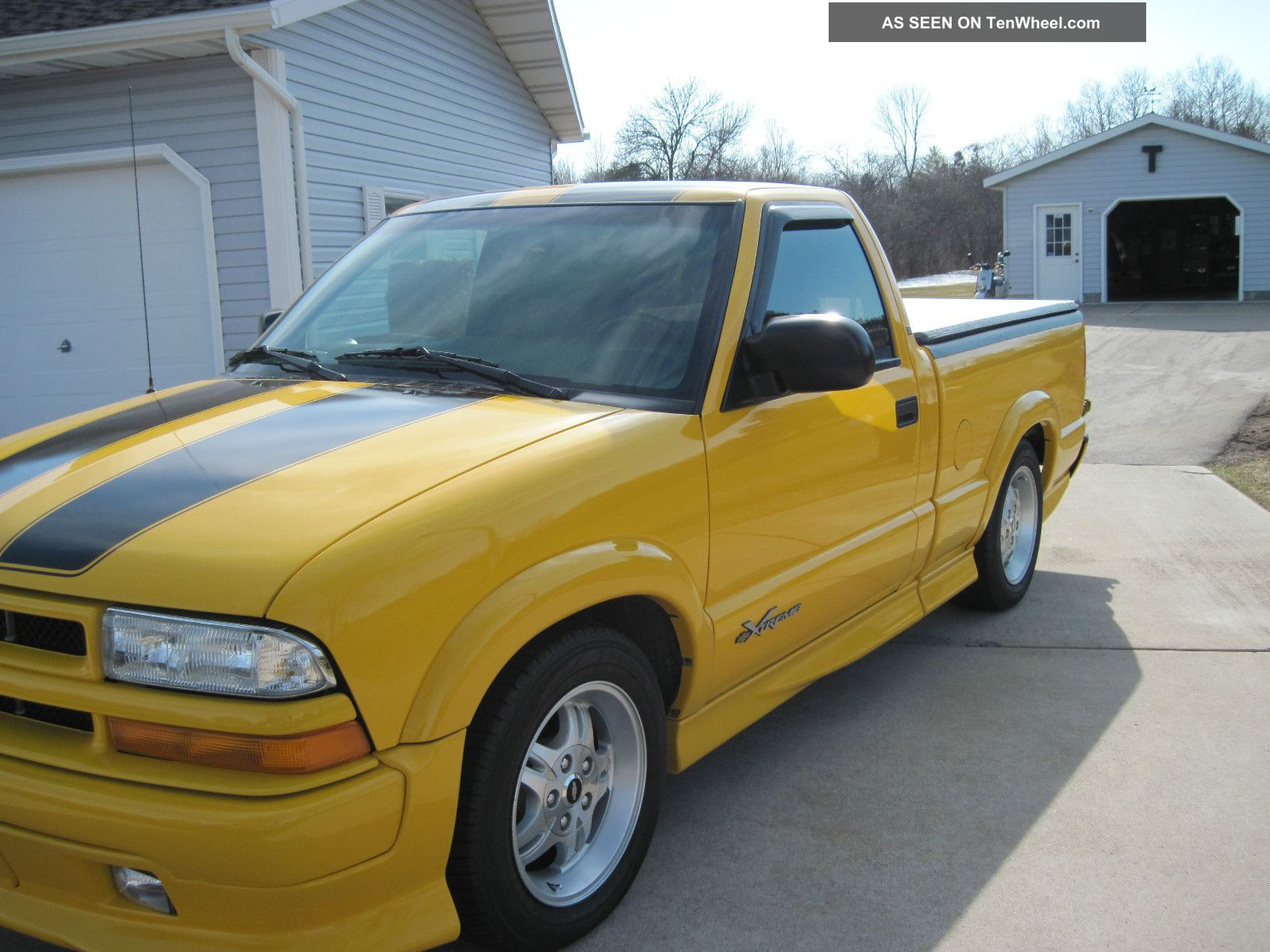 D Alternator Not Charging Charging as well Chevrolet S Xtreme Standard Cab Pickup Door L Lgw as well  further Custom Built Air Ride Chevy S Xtreme Blazer furthermore . on 2002 chevy s10 transmission