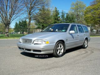1998 Volvo V70 Base Wagon 4 - Door 2.  4l photo