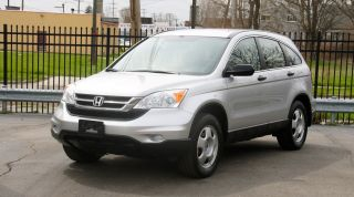 2011 Honda Cr - V Lx 2.  4l 4cylinder. .  5dr. .  Gas Saver. .  Cd. .  Aux photo