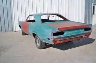 1970 Plymouth Road Runner 383 4 Speed photo