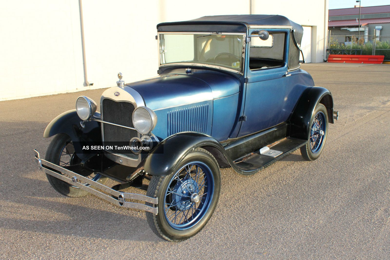 1929 Ford Model A 2 Door Model A photo