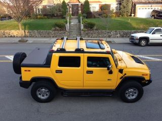 2005 Hummer H2 Sut Yellow photo