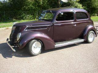 1937 Ford Sedan photo