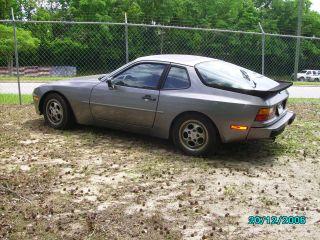 1988 Porsche 944 photo