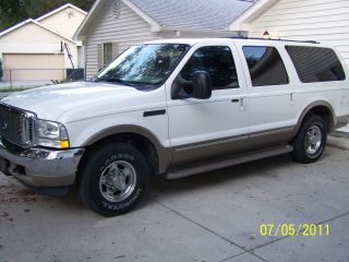 2002 Limited White Ford Excursion (suv) V - 10 Mechanic Maintained photo