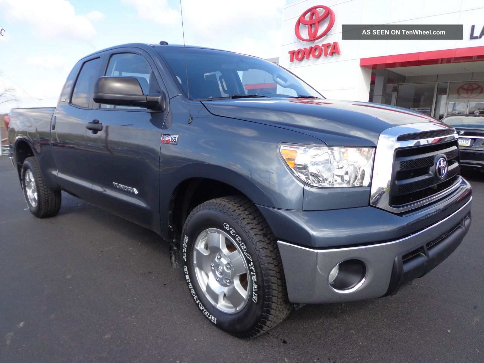 2010 Tundra Double Cab Sr5 Trd Off Road 5.  7l V8 4x4 Tow Package 1 - Owner Video Tundra photo