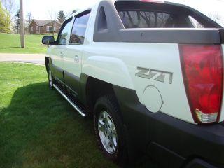 2004 Chevrolet Avalanche Z71 photo