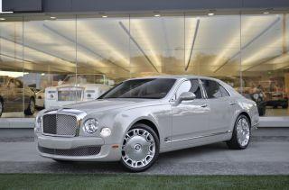 2011 Bentley Mulsanne Base Sedan 4 - Door 6.  8l photo