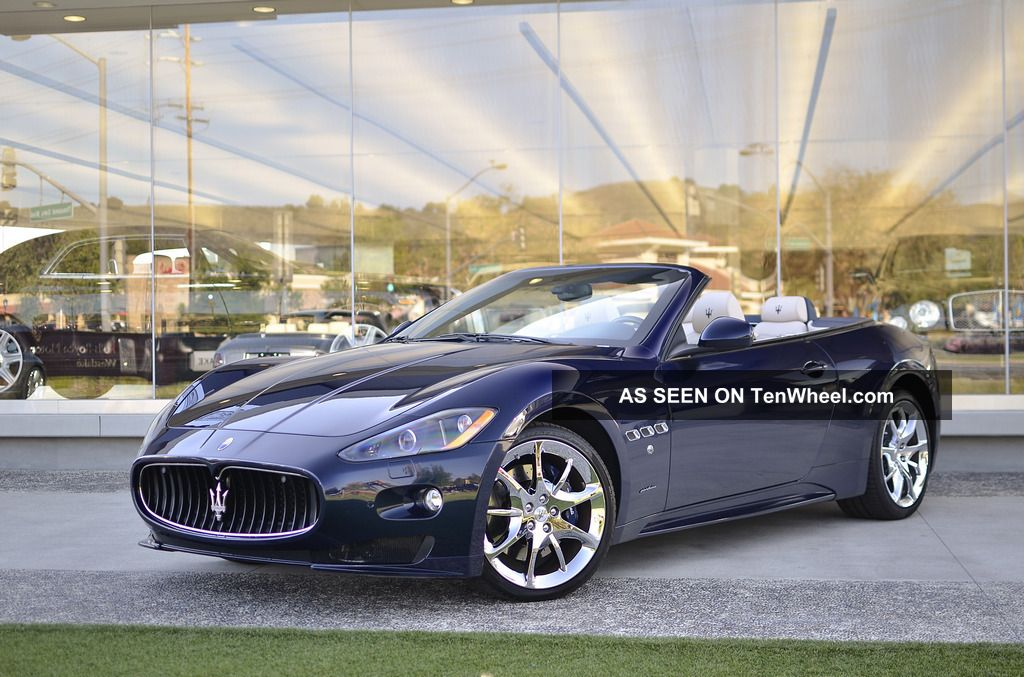 2012 Maserati Granturismo Sport Convertible 2 - Door 4.  7l Gran Turismo photo
