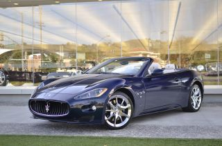 2012 Maserati Granturismo Sport Convertible 2 - Door 4.  7l photo