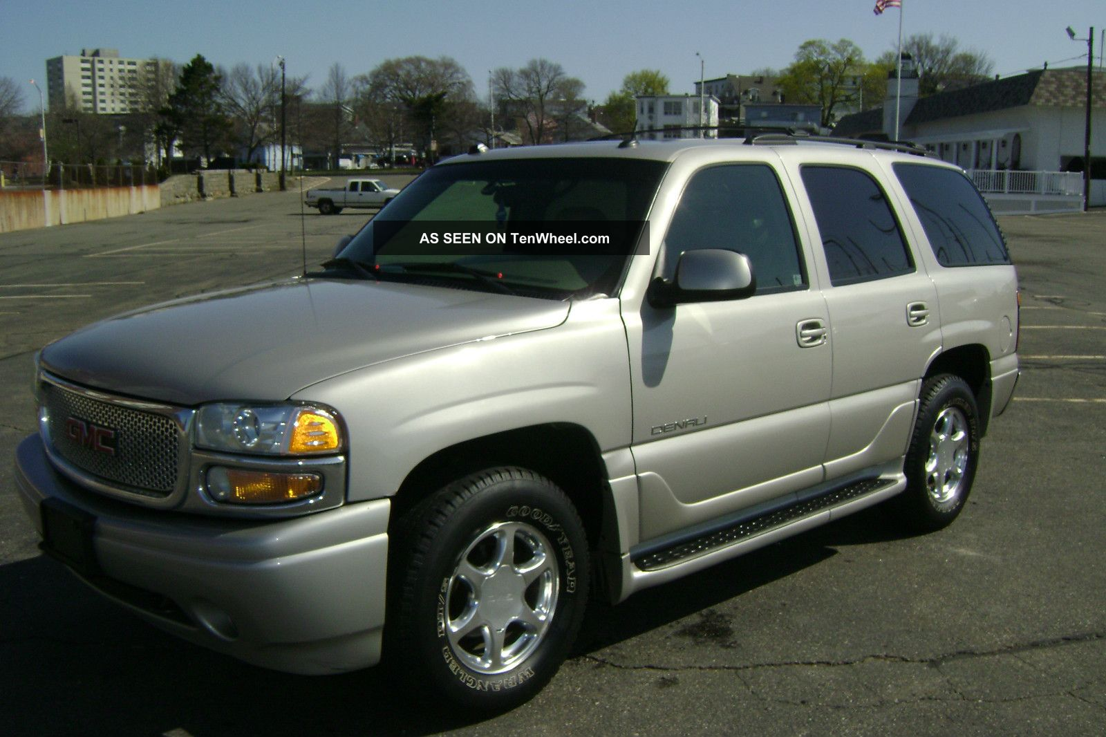 2004 gmc yukon denali 6 0l vortec v8 auto awd 3rd row seating. Black Bedroom Furniture Sets. Home Design Ideas