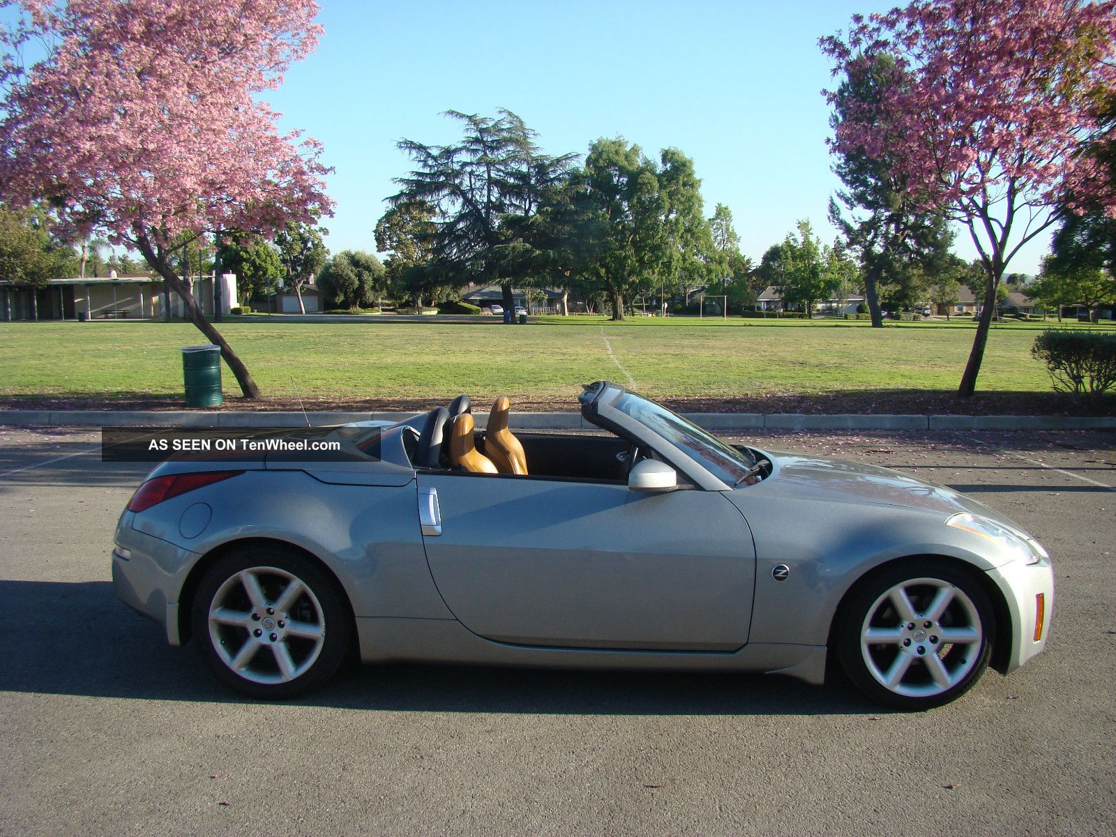 2004 nissan 350z 2dr touring roadster convertible auto bose loaded. Black Bedroom Furniture Sets. Home Design Ideas