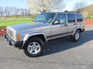 2000 Jeep Cherokee Sport Utility 4x4 Loaded Service Classic Suv photo