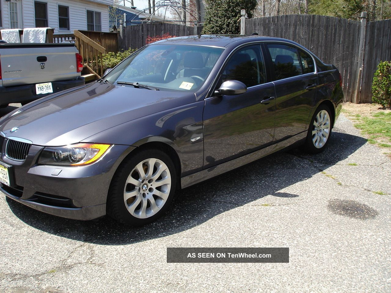 2006 Bmw 330i Base Sedan 4 - Door 3.  0l With Premium And Cold Weather Packages 3-Series photo