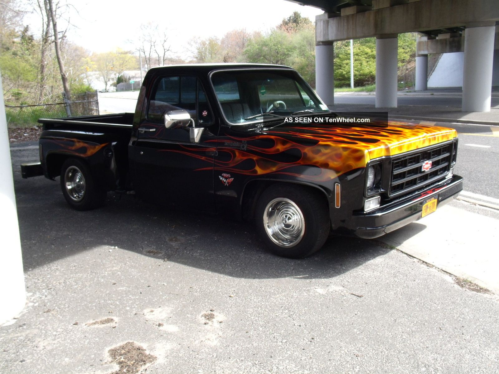 1977 Chevy 454 Stepside Pick Up Cumstom