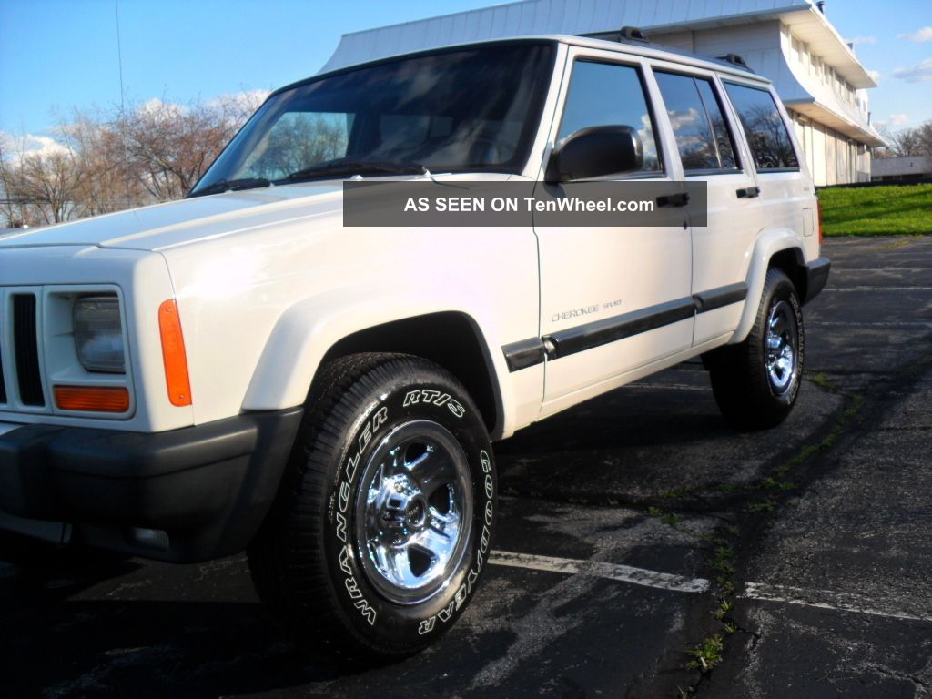 2000 jeep cherokee sport 4 door 4x4 4 0 a drive. Black Bedroom Furniture Sets. Home Design Ideas