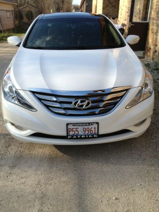 2012 Hyundai Sonata Limited Sedan 4 - Door 2.  4l photo