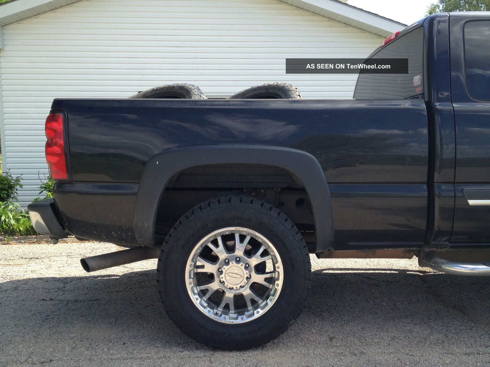 2006 Chevrolet Silverado 2500 Hd Lt Extended Cab Pickup 6 0l Lifted 20 Quot Wheels