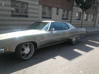Classic 1971 Oldsmobile 98 photo