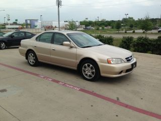 2000 Acura Tl Base Sedan 4 - Door 3.  2l photo