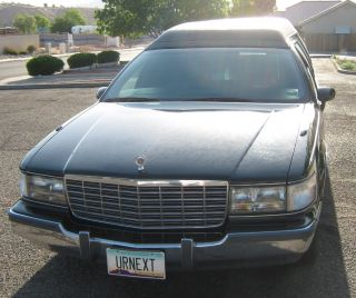 1994 Cadillac Fleetwood Hearse photo
