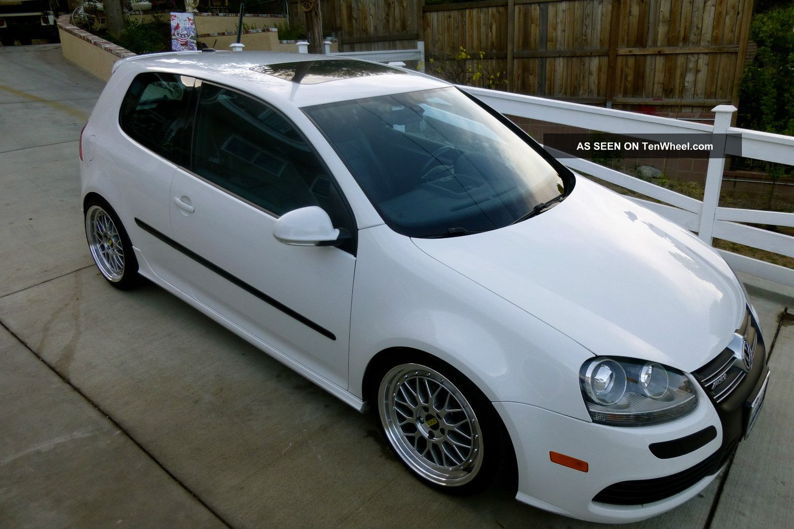 2008 vw golf r32 slammed modified stanced hellaflush. Black Bedroom Furniture Sets. Home Design Ideas