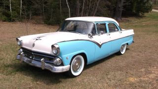 Look 1955 Ford Fairlane V8,  3spd Dual Exhaust Crusier photo
