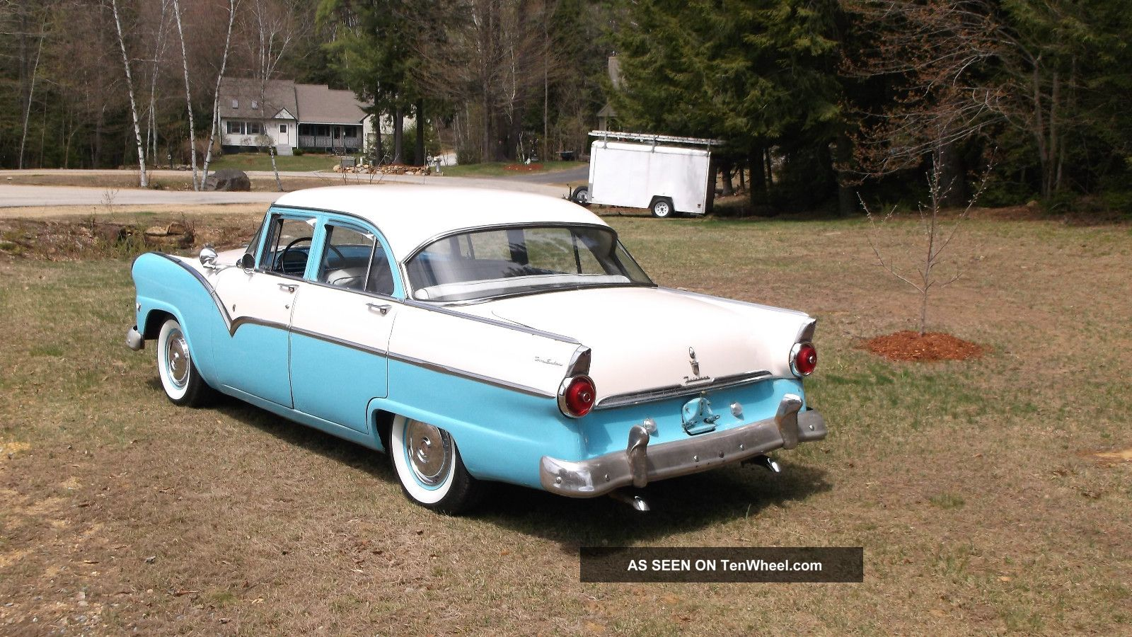 Look 1955 ford fairlane v8 3spd dual exhaust crusier for 1955 ford fairlane 4 door