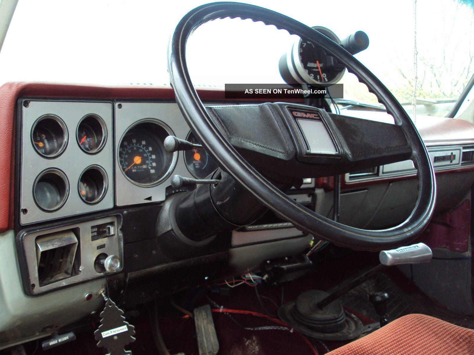 1979 Gmc Jimmy Base Sport Utility 2 - Door 5  7l