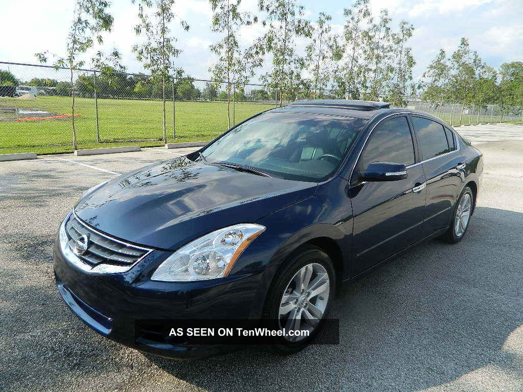 2012 nissan altima 3 5 sr sedan bose system rear. Black Bedroom Furniture Sets. Home Design Ideas