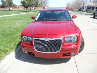 2010 Chrysler 300 S Sedan 3.  5l / Navi / 20s / Lthr / / Htd Seats / No Resrve / Rebuilt photo