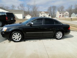 2005 Ford Five Hundred Limited Sedan 4 - Door 3.  0l Awd photo