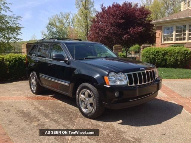 2006 Jeep Grand Cherokee Limited Sport Utility 4 - Door 5.  7l Grand Cherokee photo