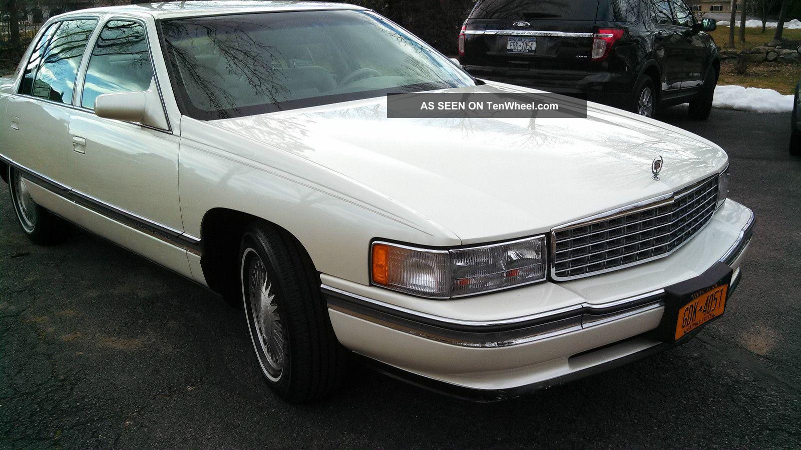 Cadillac Deville Base Sedan Door L Family Owned Lgw