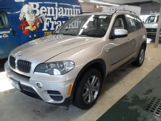 Bmw X5 2013 - 3.  0l L - 6 Turbo Engine - 8 - Spd Auto - Interior photo
