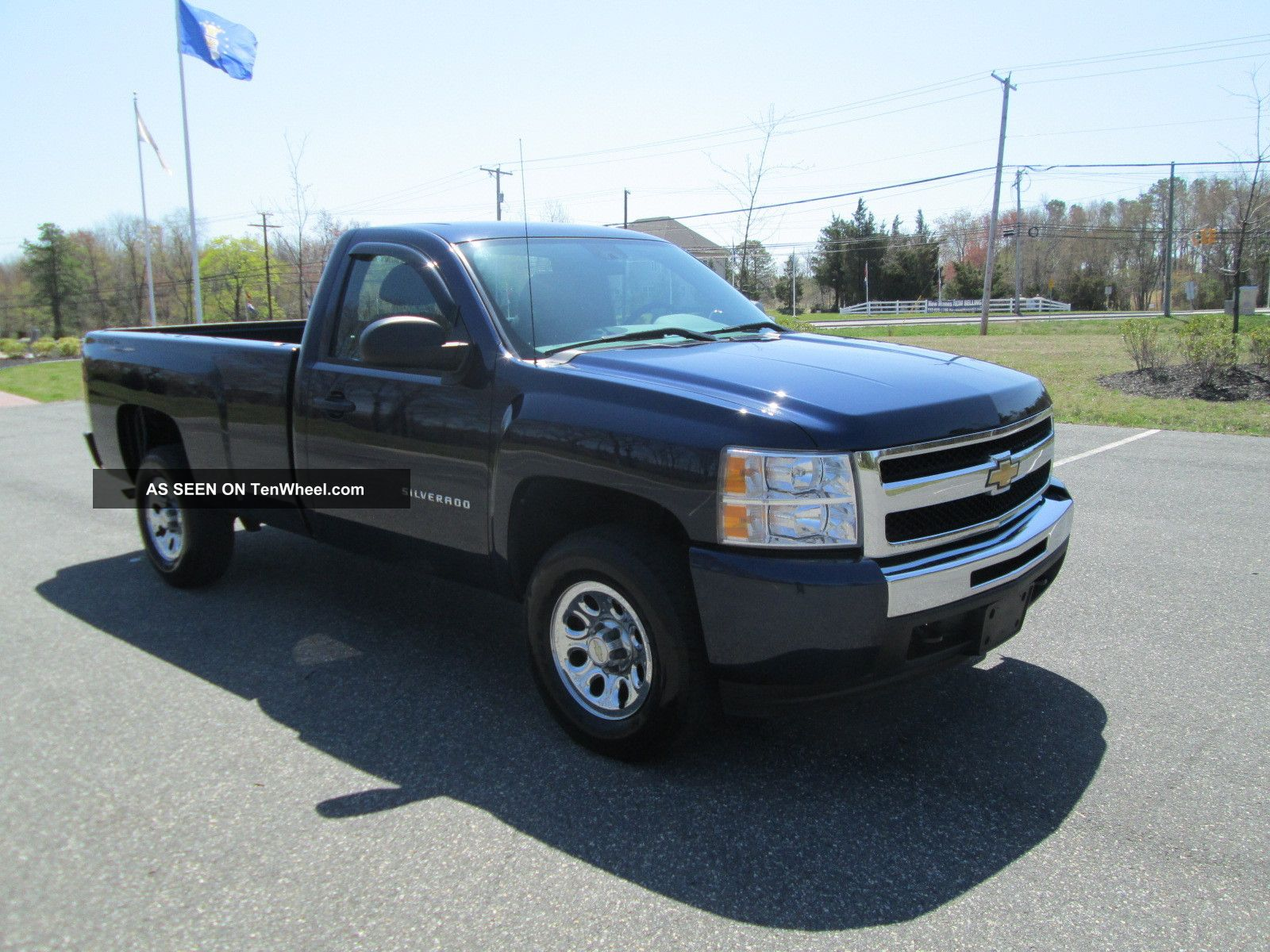 2011 chevrolet silverado 1500 wt standard cab pickup 2 door 4 8l. Black Bedroom Furniture Sets. Home Design Ideas