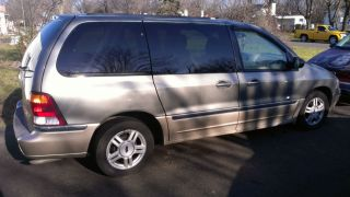 2001 Ford Windstar Sel Mini Passenger Van 4 - Door 3.  8l photo