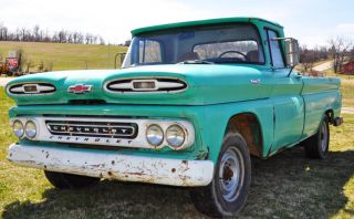 1961 Chevrolet Apache 20 3 / 4 Ton Fleetside Longbed photo