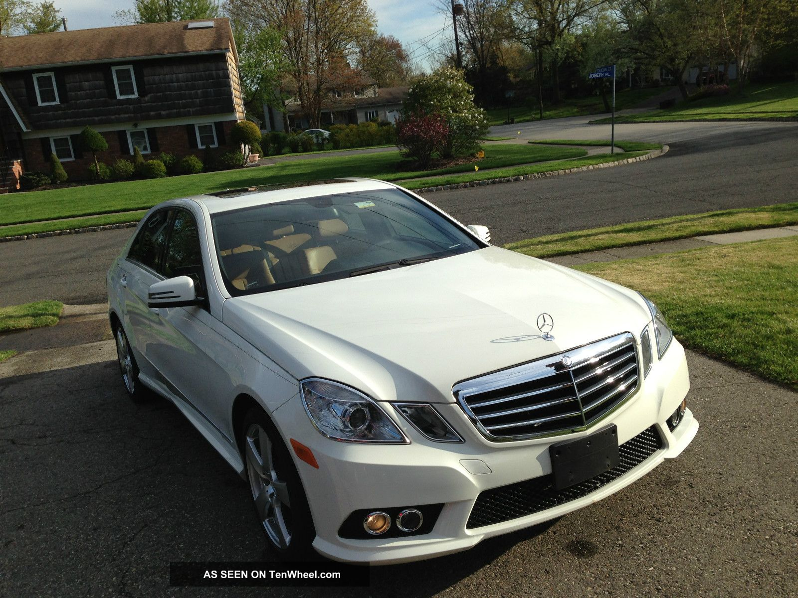 2010 mercedes benz e350 4matic sedan 4 door 3 5l for Mercedes benz 4 door