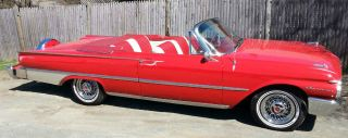 1961 Ford Galaxie Sunliner Convertiable ( ) photo